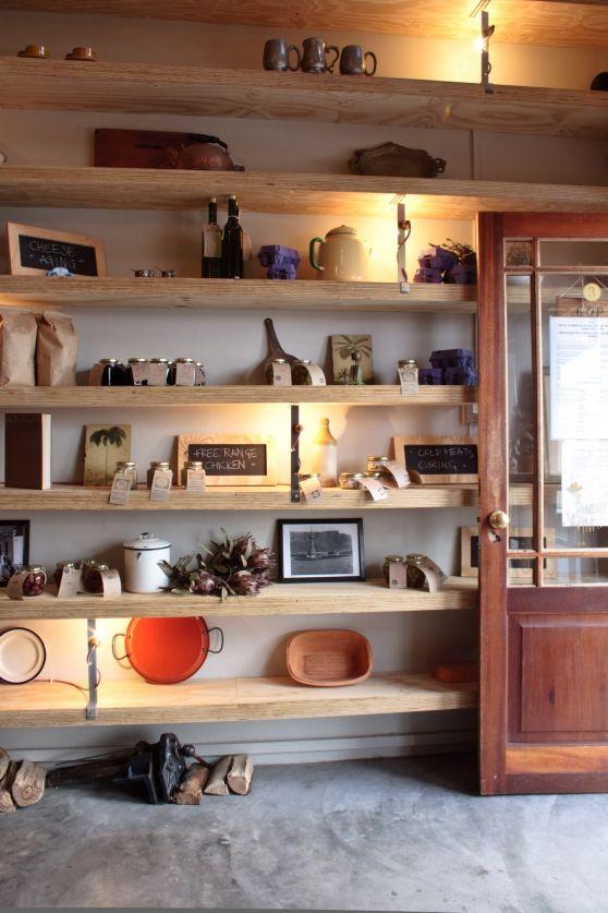 Una cocina con encanto   Repisas, Repisas de madera y Carpinteria