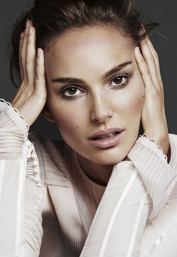 Magazine Vanity Fair France Maquillage De Mariee Maquillage Naturel Natalie Portman