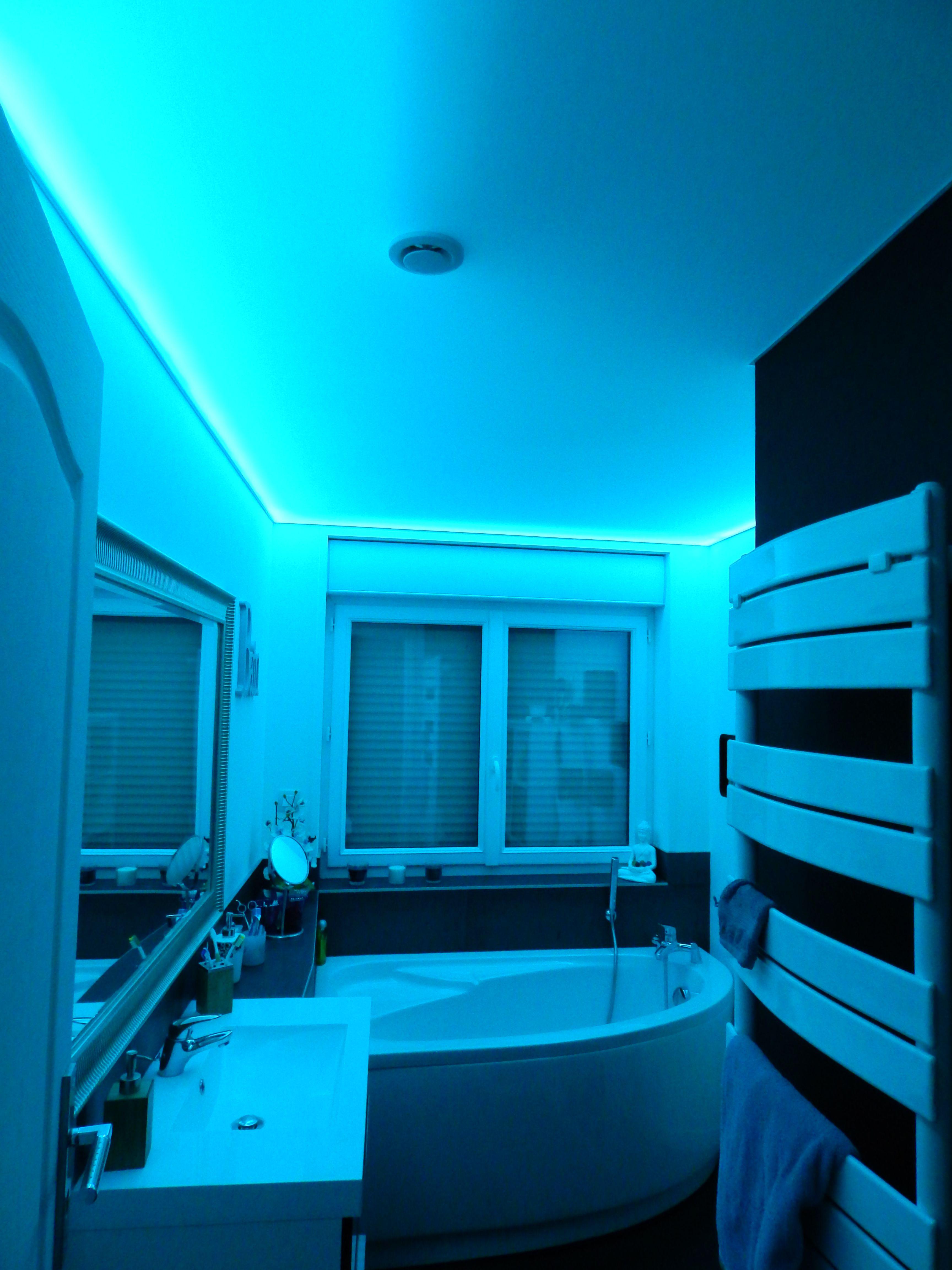 plafond lumineux en toile tendue plafond lumineux toile tendue et. Black Bedroom Furniture Sets. Home Design Ideas