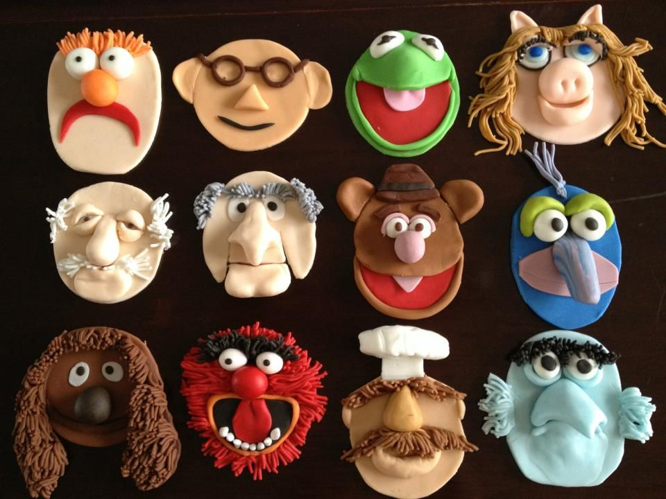 The Muppets characters I made for Tracy's cuptarts. She loves pecan pie and the Muppets so I made little tarts and the muppets toppers for her.