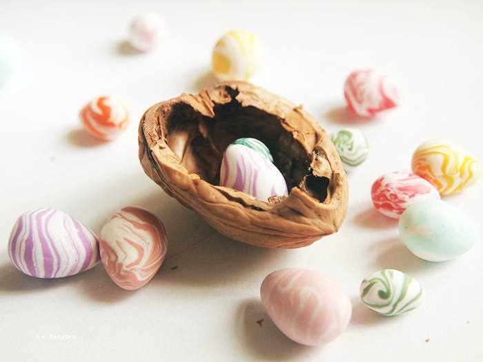 DIY Marbled Easter Eggs Polymer Clay Tutorial