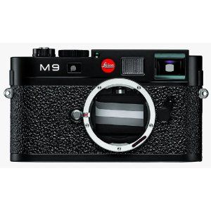 I assume that anybody spending $10-20K for an M9 process (camera and a few lenses) can do their own homework, therefore i will not offend anybody with remarks concerning the quality of this camera or the pictures it will take.