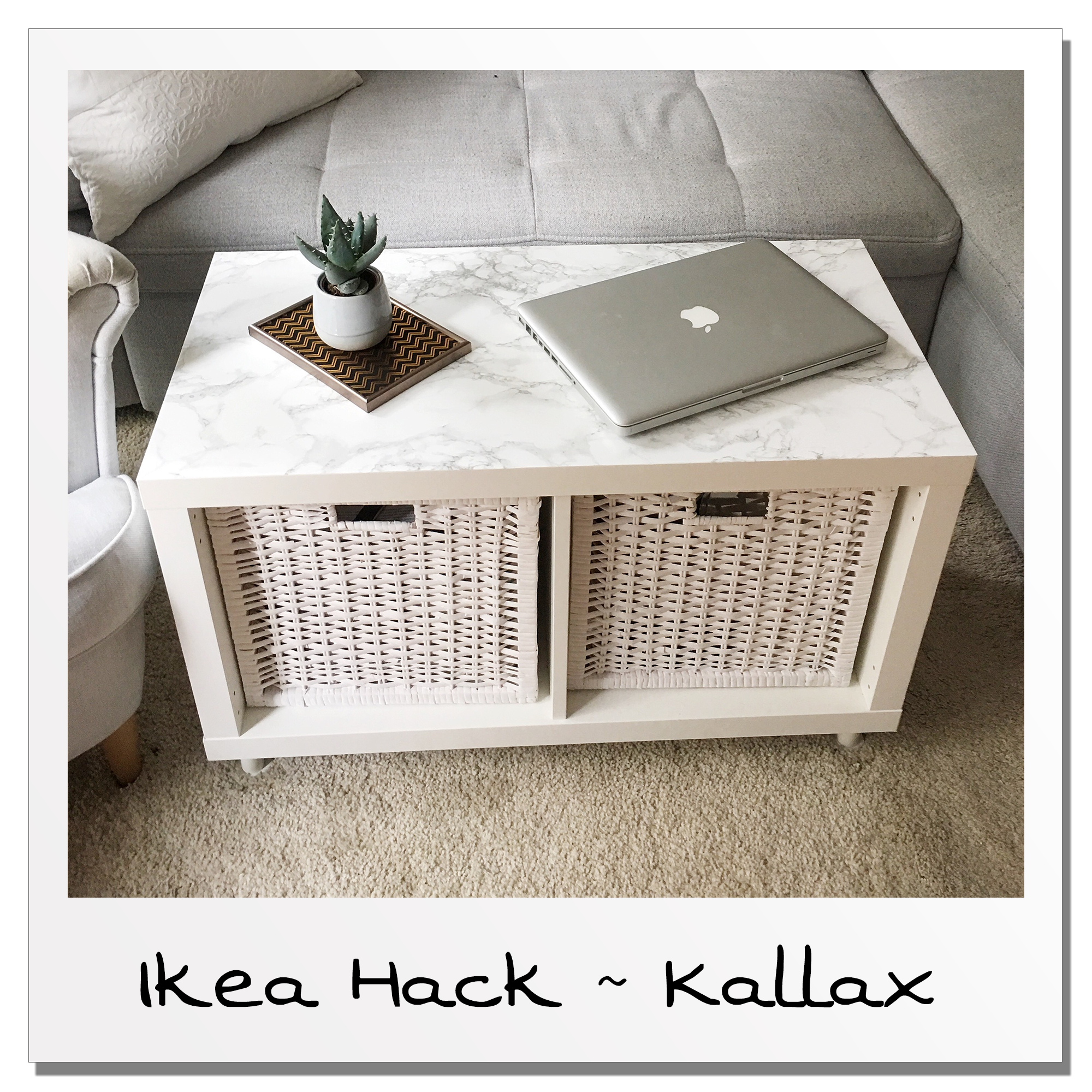 KALLAX Regal quadratisch & auch als Bestelltisch praktisch