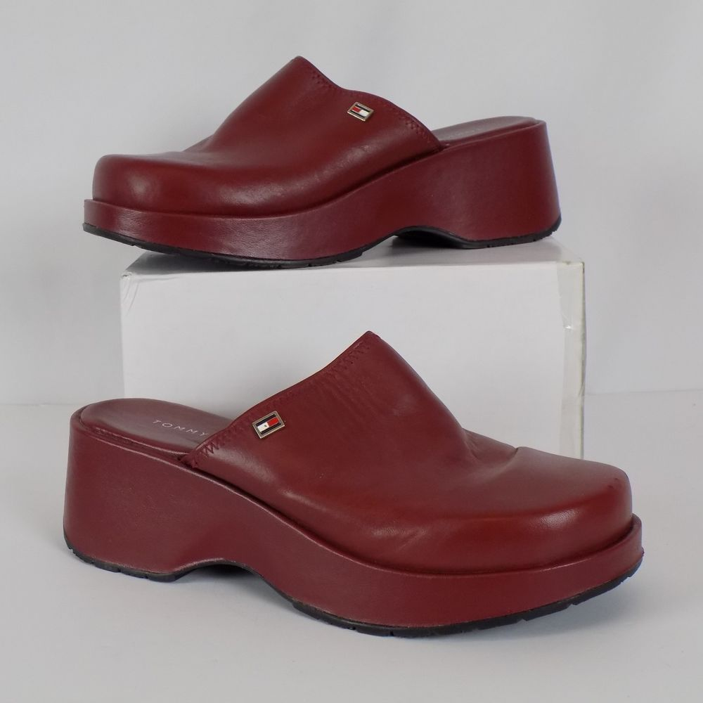 7c04cf707d9ca Tommy Hilfiger Women Red Leather Clogs Casual Size 7.5M US 5 UK 38 Eur   TommyHilfiger  Clogs  Casual