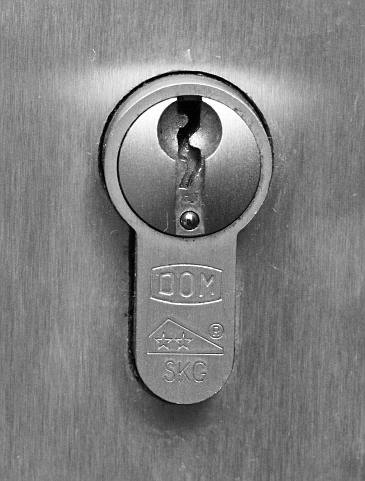 How Much Does A Lock Cylinder Replacement Cost Cylinder Lock Bottle Opener Wall Door Locks
