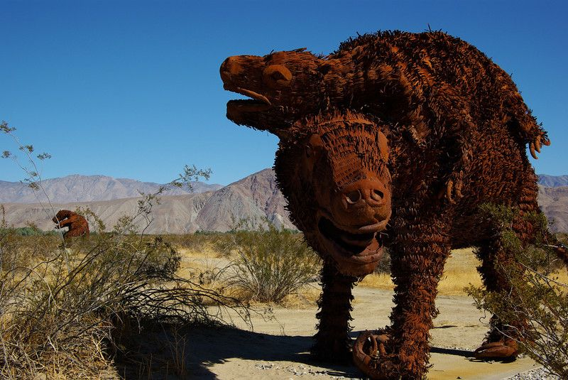 Prehistoric Animals in the Desert (With images