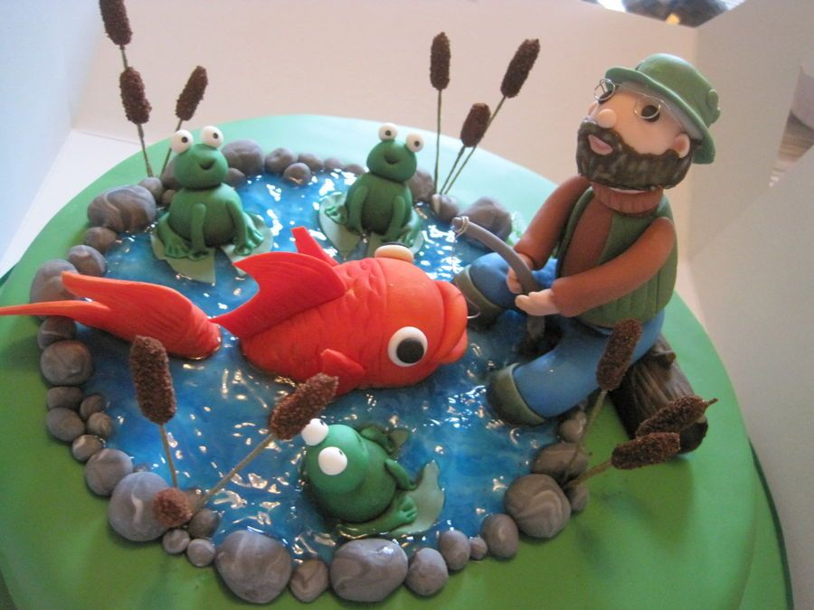 Astounding Fishing Birthday Cakes For Men Man Catches Giant Fish Cake Fish Funny Birthday Cards Online Alyptdamsfinfo