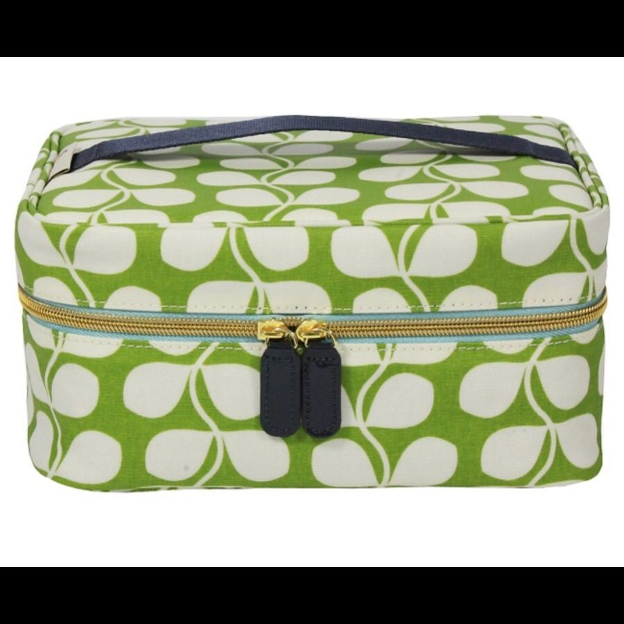 Shell Material Cotton Liner Polyester Interior Features Mesh Pocket Closure Style Zip Dimensions 7 X 2 75 3 25 Inches