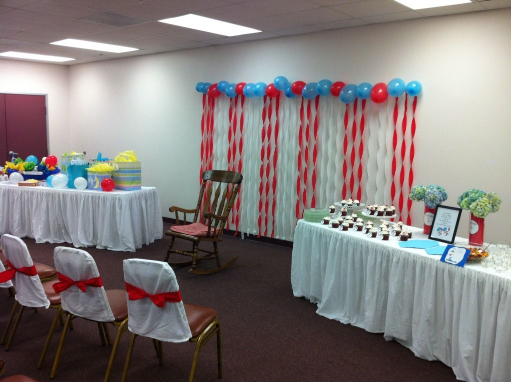 Lovely Dr. Seuss Baby Shower: Easy Backdrop! Red And Blue Balloons With Red,