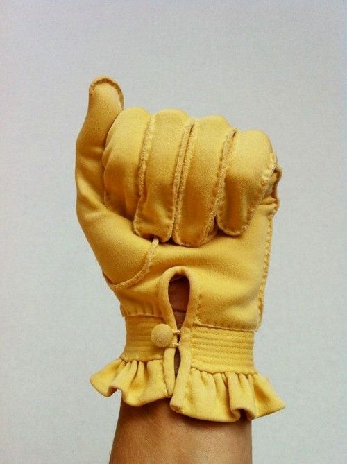 20 Looks with Fashion Gloves Glamsugar.com Vintage Yellow Gloves #gloves