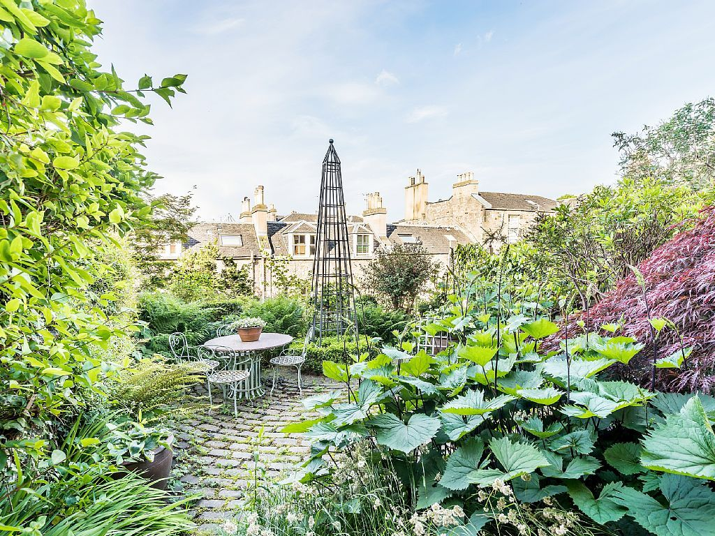 Garden in Ann Street | Flat rent, Georgian homes, Edinburgh
