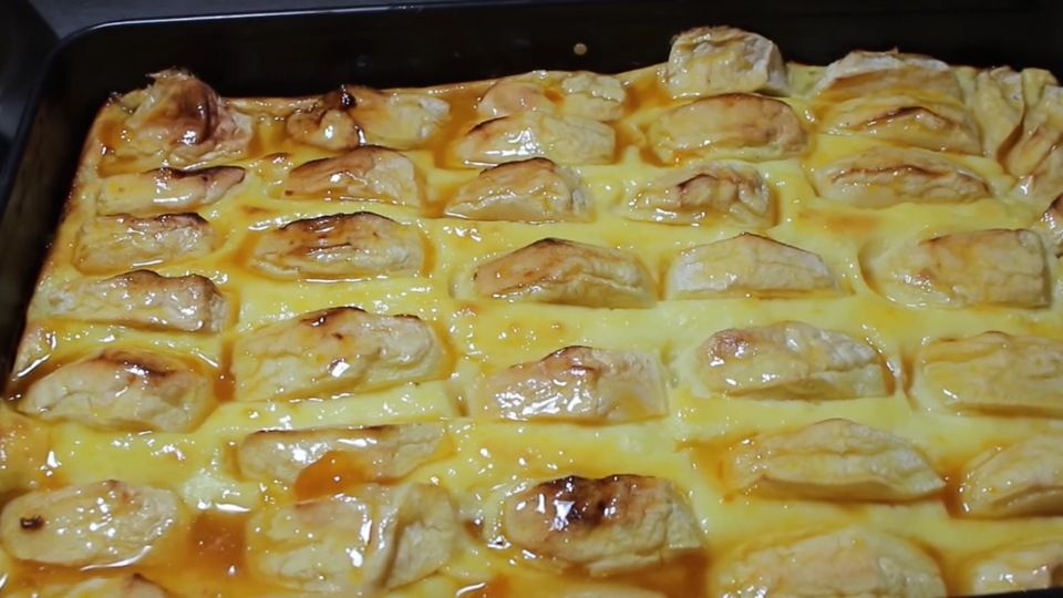 Schneller apfelkuchen mit pudding