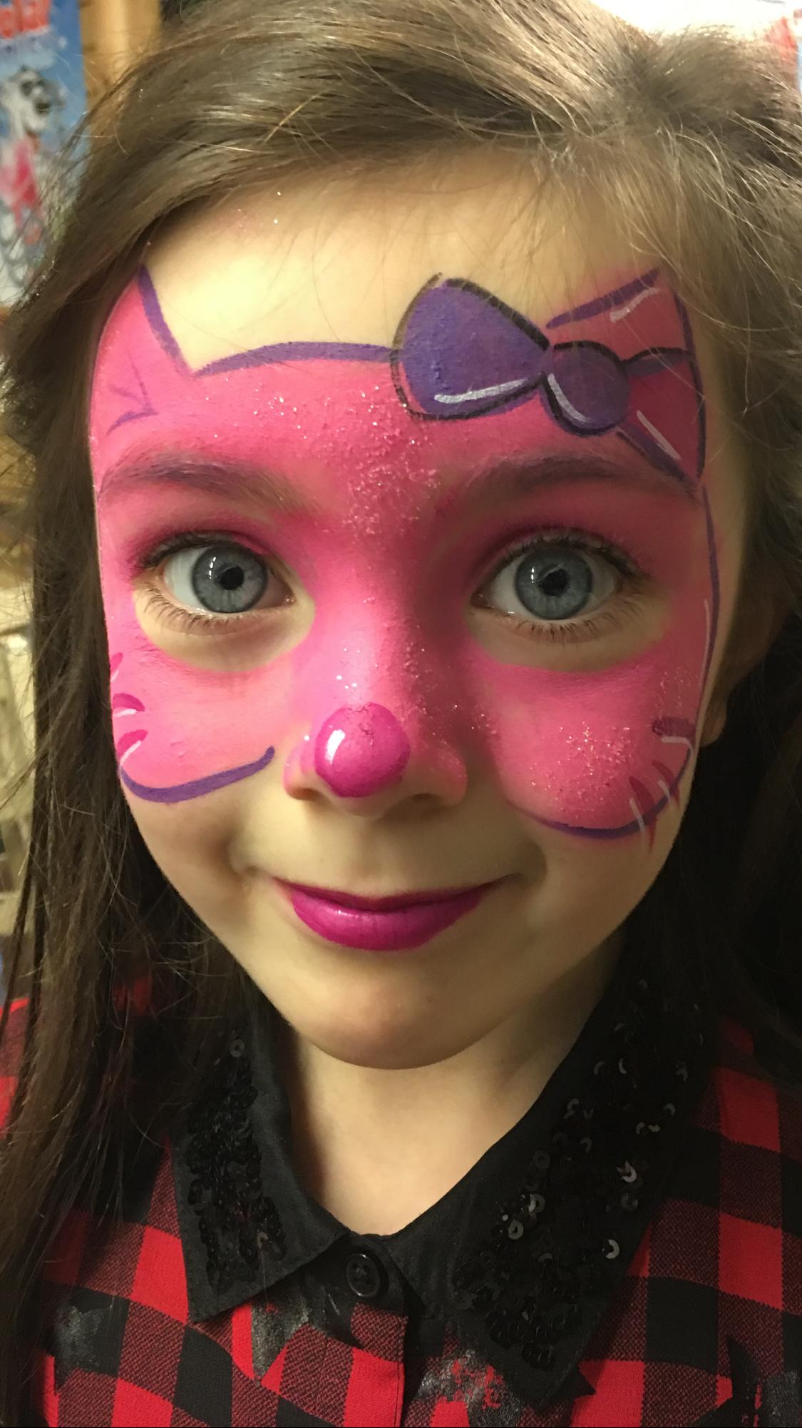 Schön Gesicht Bemalen Dekoration Von Pink Hello Kitty