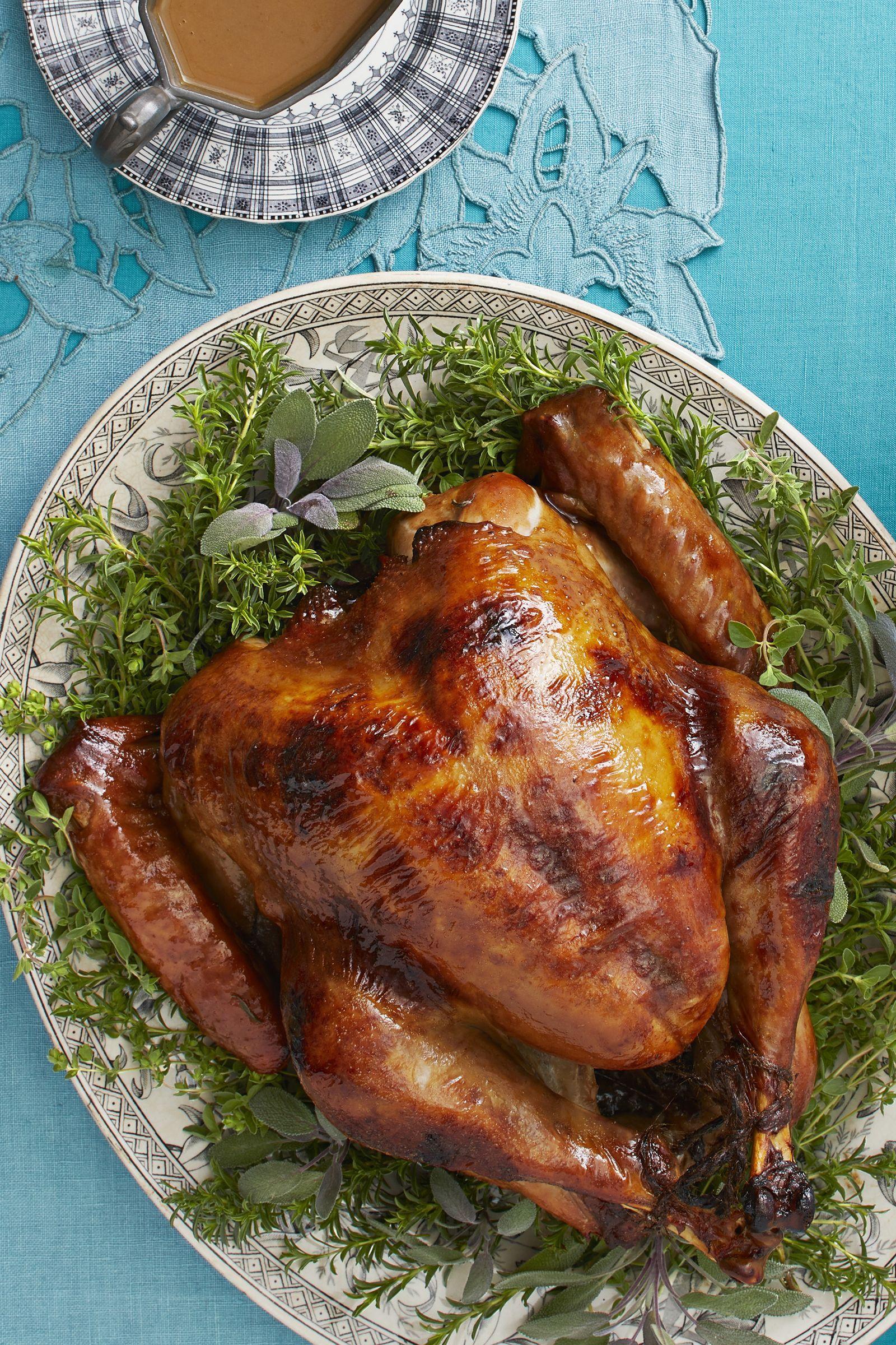 Try This Maple Rosemary Roast Turkey For Thanksgiving Dinner Recipe Roasted Turkey Turkey Recipes Thanksgiving Roast Turkey Recipes