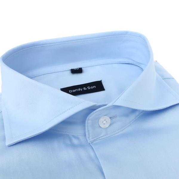 Our new Wide Spread Collar is here. This shirt with a delicate and soft light blue fabric. Wide Spread Collar BarrelCuff, angled cut Slim fit (Dandyfit™) Lig