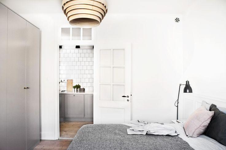 pretty perfect bedroom, scandinavian interior, fantastic frank, josefin hååg, via http://www.scandinavianlovesong.com/