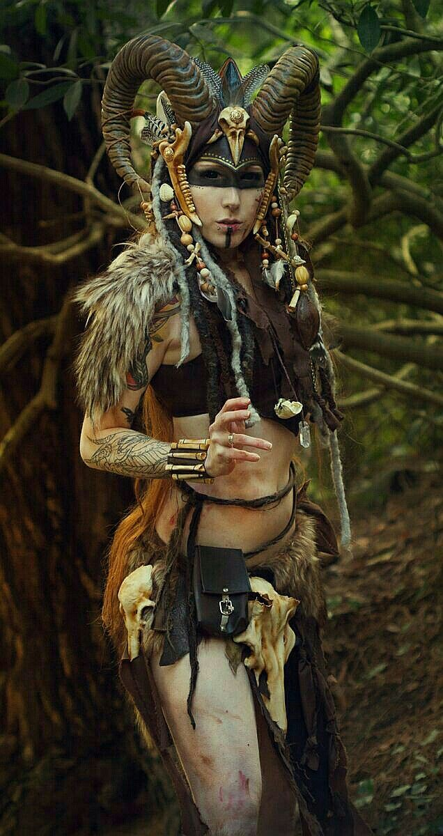 Pin by Artur Tumilowicz on Völva viking Fantasy cosplay