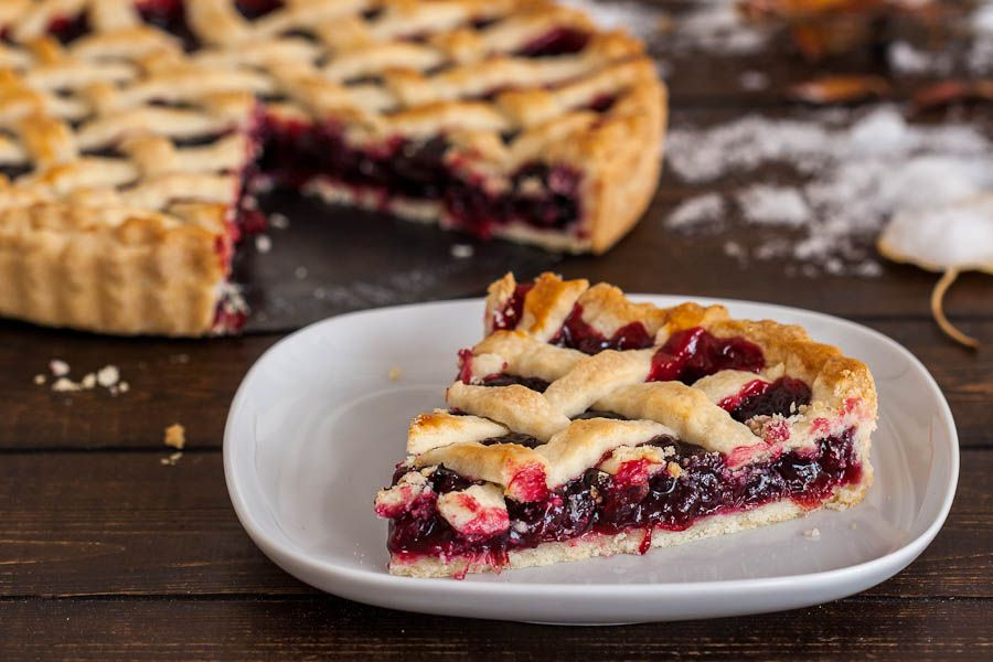 Cranberry and blueberry tart.