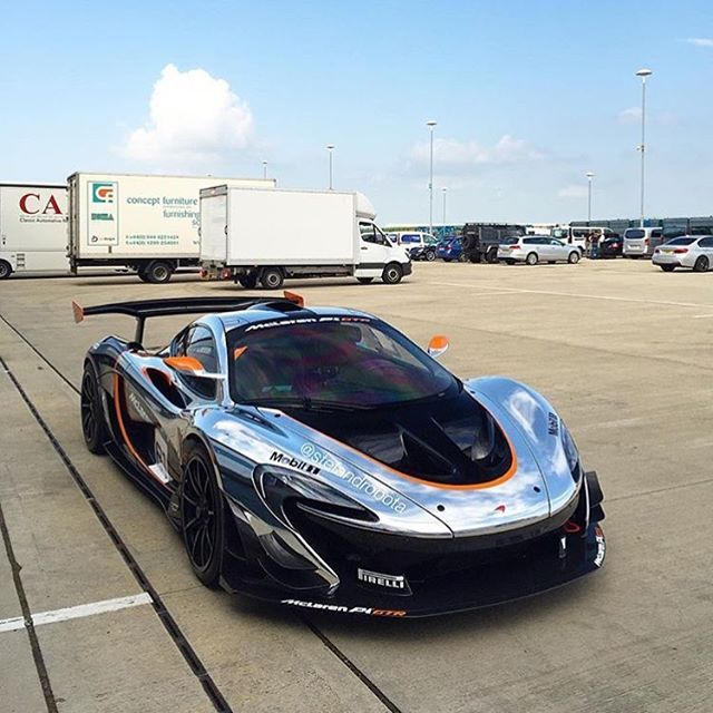 This Livery Looks Amazing. So Many Great Looking P1 GTRs
