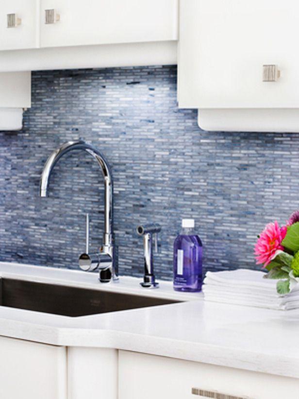 10 Kitchen Backsplashes That Wow