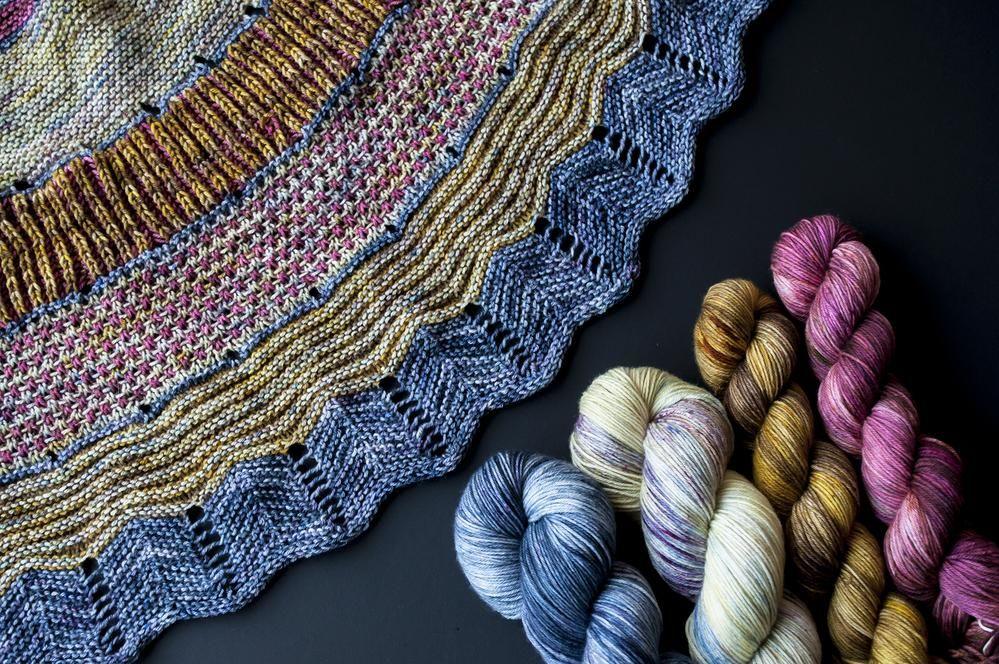 Knitting With Variegated Yarn | Knitting, Stitch patterns ...