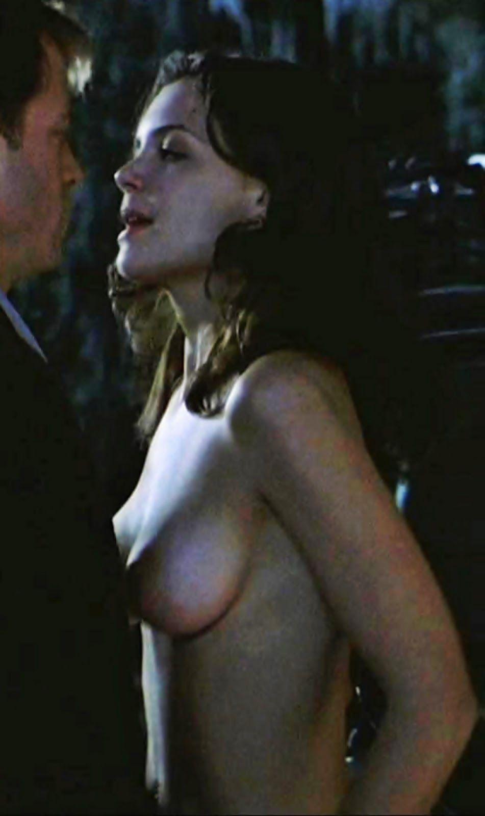 nude female actors boobs