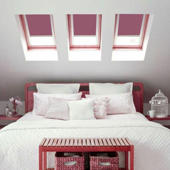 großes bett und sonnenschutz rollos lila farbe vintage deko ... - Rollos Für Schlafzimmer
