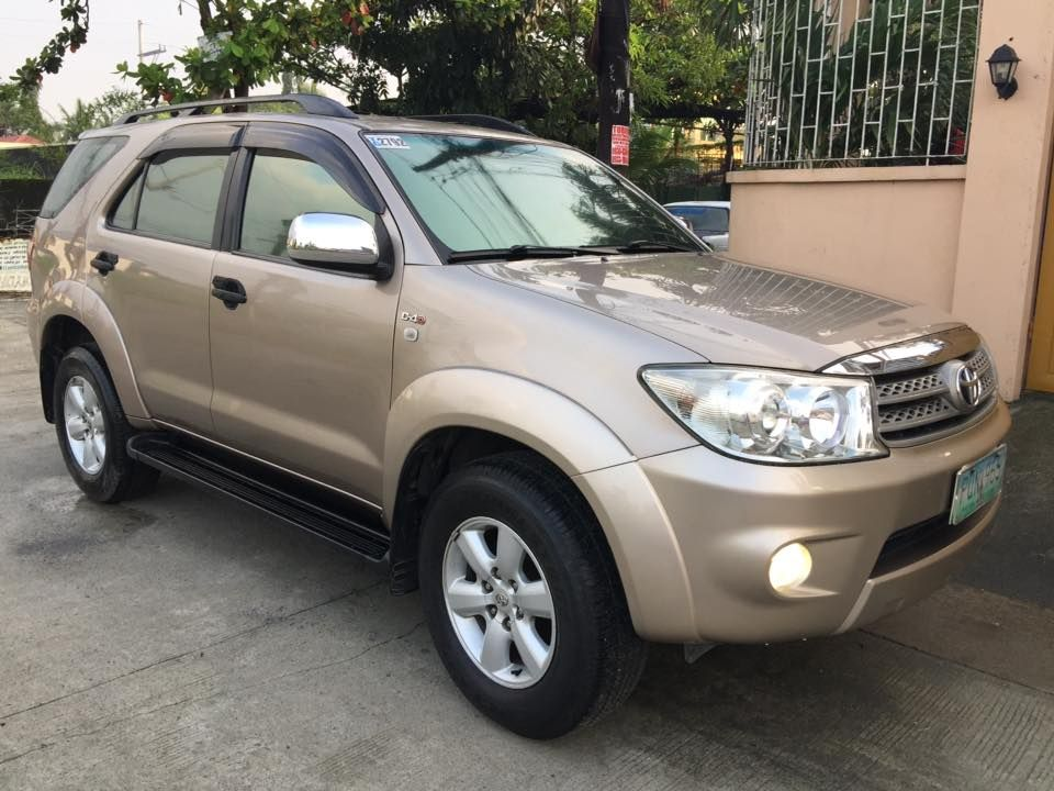 Toyota Fortuner G 2011 Model 2nd Gen Body Toyota Ad Car Cars