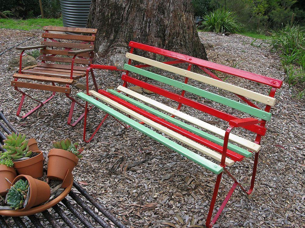 Revamped Retro 1950 S Garden Bench Painted Garden Furniture Vintage Outdoor Furniture Garden Bench