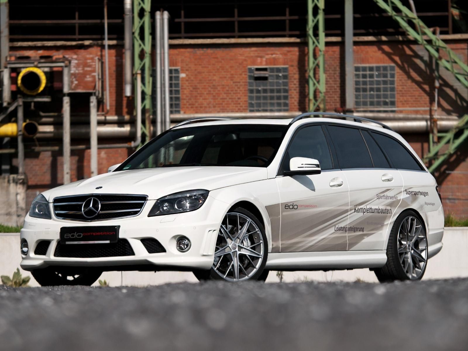 2012 Edo C 63 AMG T MODELL Galleries