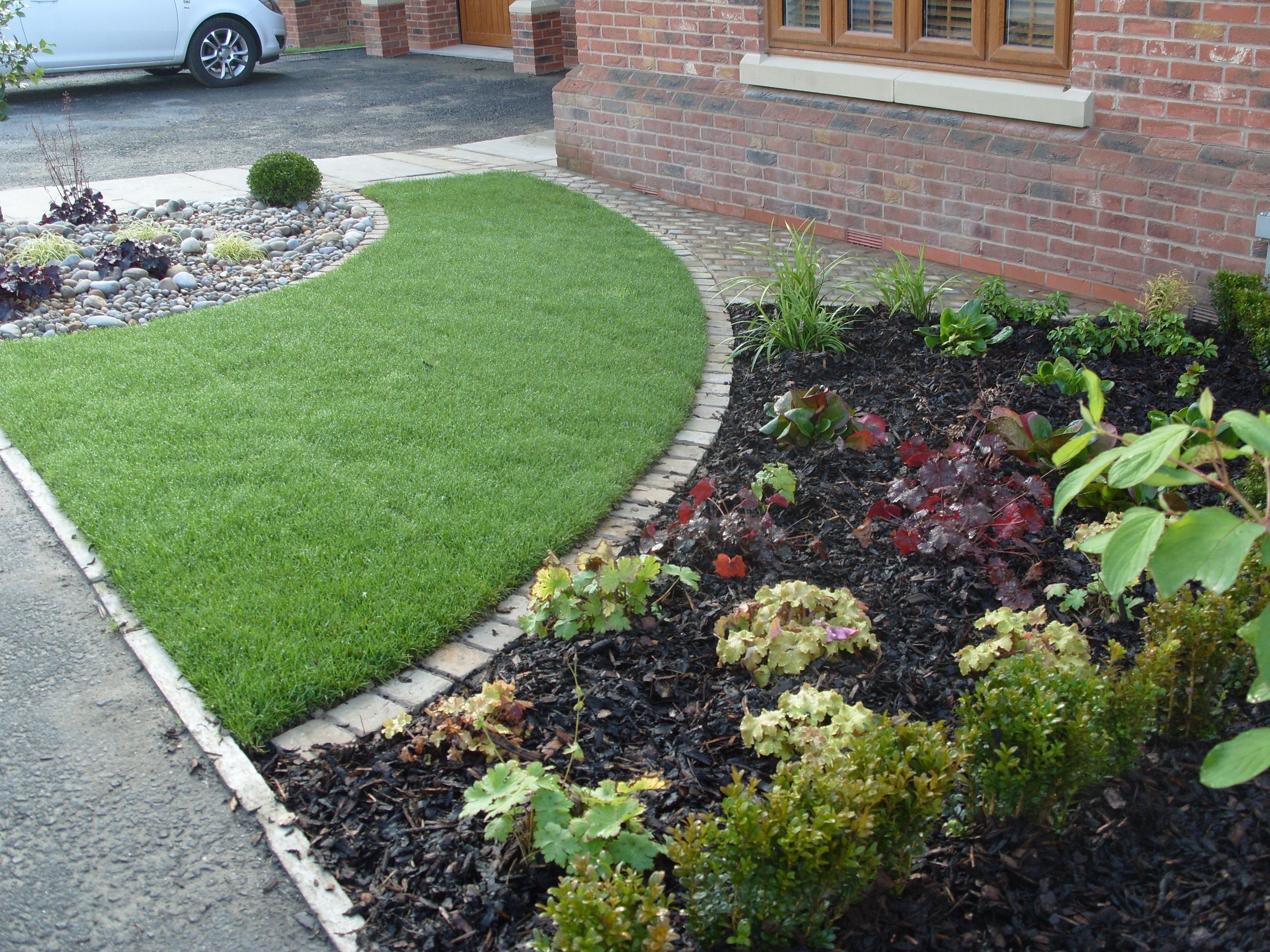 Front garden on a new build estate angie barker trading Small front lawn garden ideas