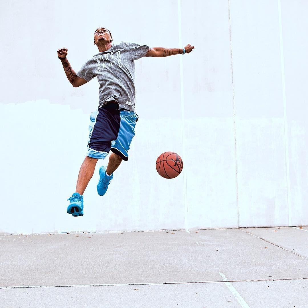 Game Winner #k1x #parkauthority #nationofhoop #playhard #since93 #onecourtatatime #basketball #streetball #hoopdreams #shootinghoops #unlimitedballer #basketballgame #basketballislife Photo by @asphaltchronicles