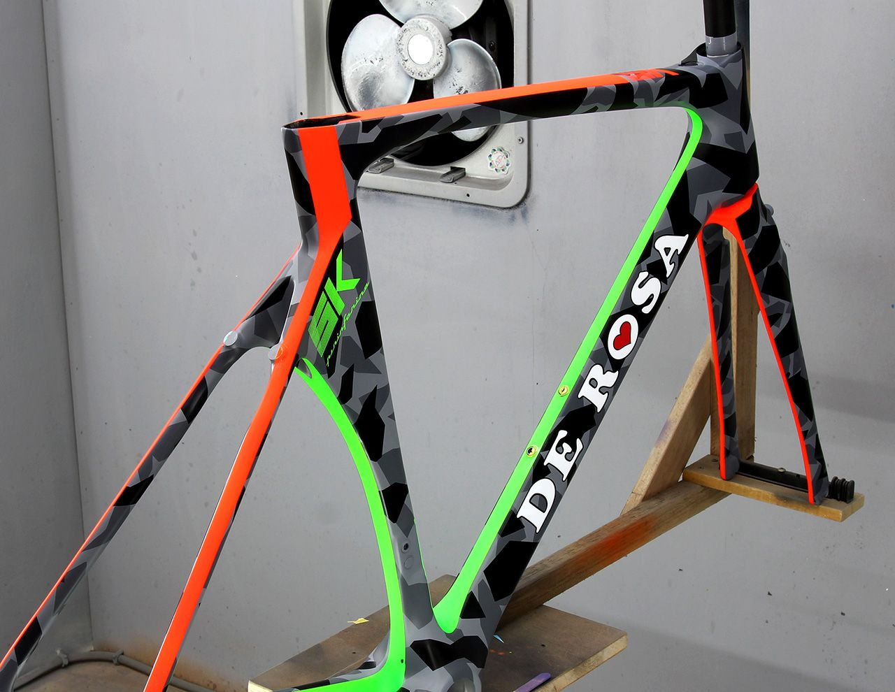 De Rosa Sk Painted By Coosun Bike Frame Bicycle Design Bicycle