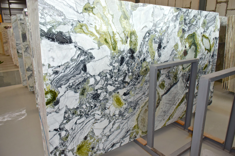Tranches De Marbre Verde Sandro Marbre Granit Plan De Travail