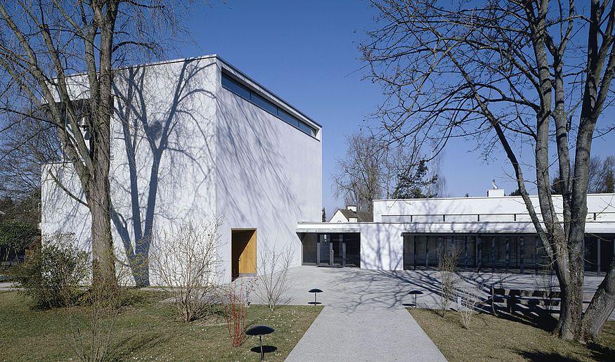 http://www.imkirschgarten.ch/die-architekten.html