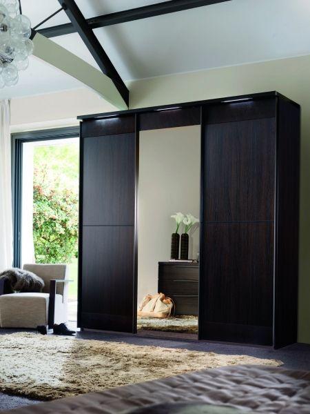 Closet modernos con puertas corredizas buscar con google for Puertas corredizas para closet