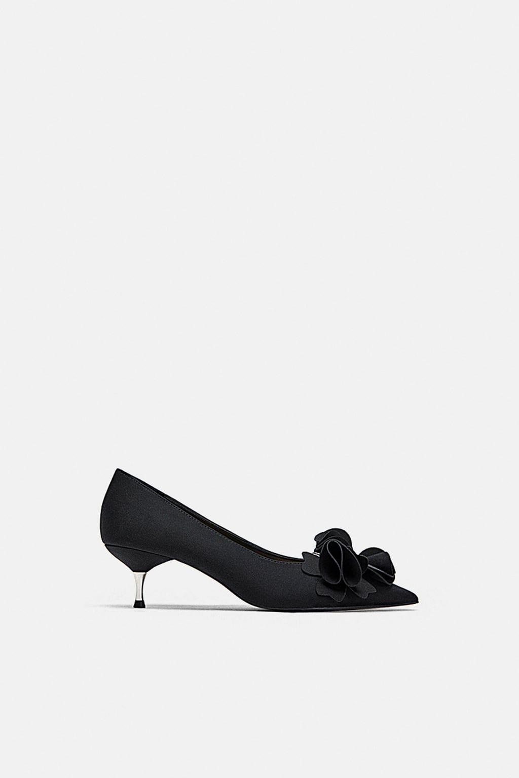 c60e42aea7e ÇİÇEK DETAYLI KISA TOPUKLU AYAKKABI Kitten Heel Shoes