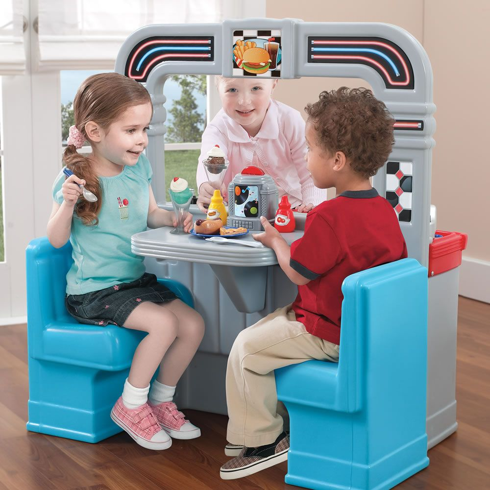kids playing with 1950\'s inspired play kitchen | For Zoey & Olivia ...