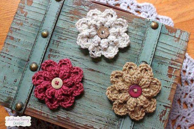 962c705b8 Autumn Berry Flower: #free #crochet #pattern by Jenny Dickens ...
