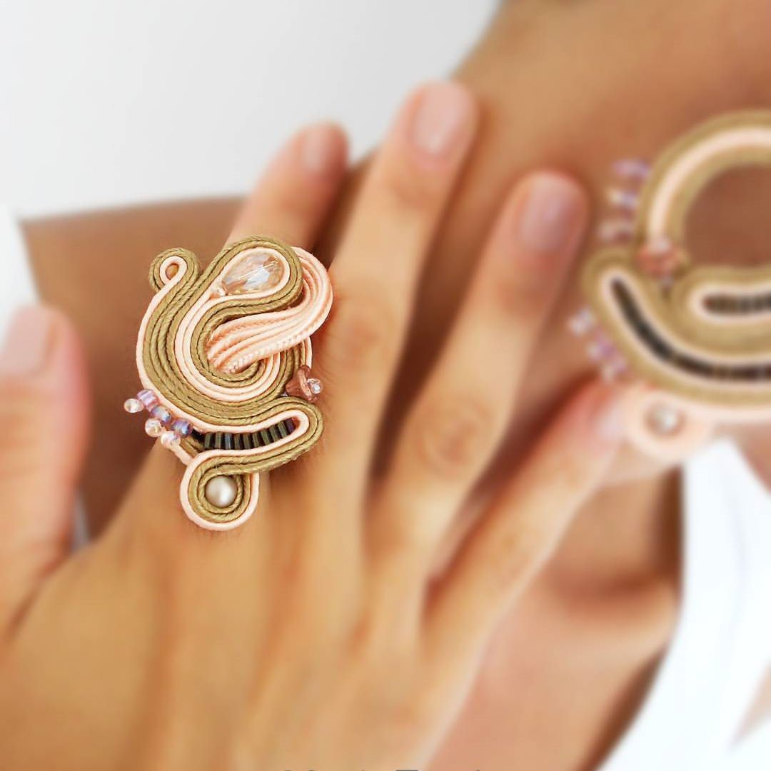 Pin by maría riera on soutache pinterest soutache earrings and