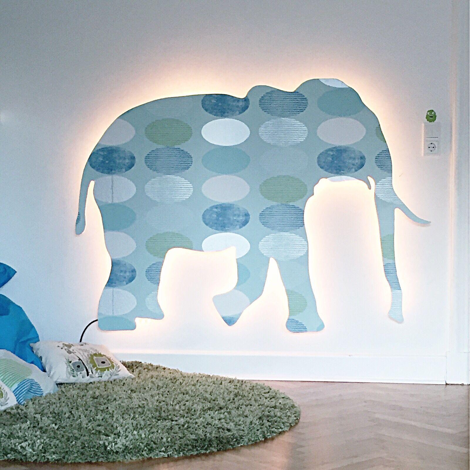 Wandgestaltung Elefant: Junge