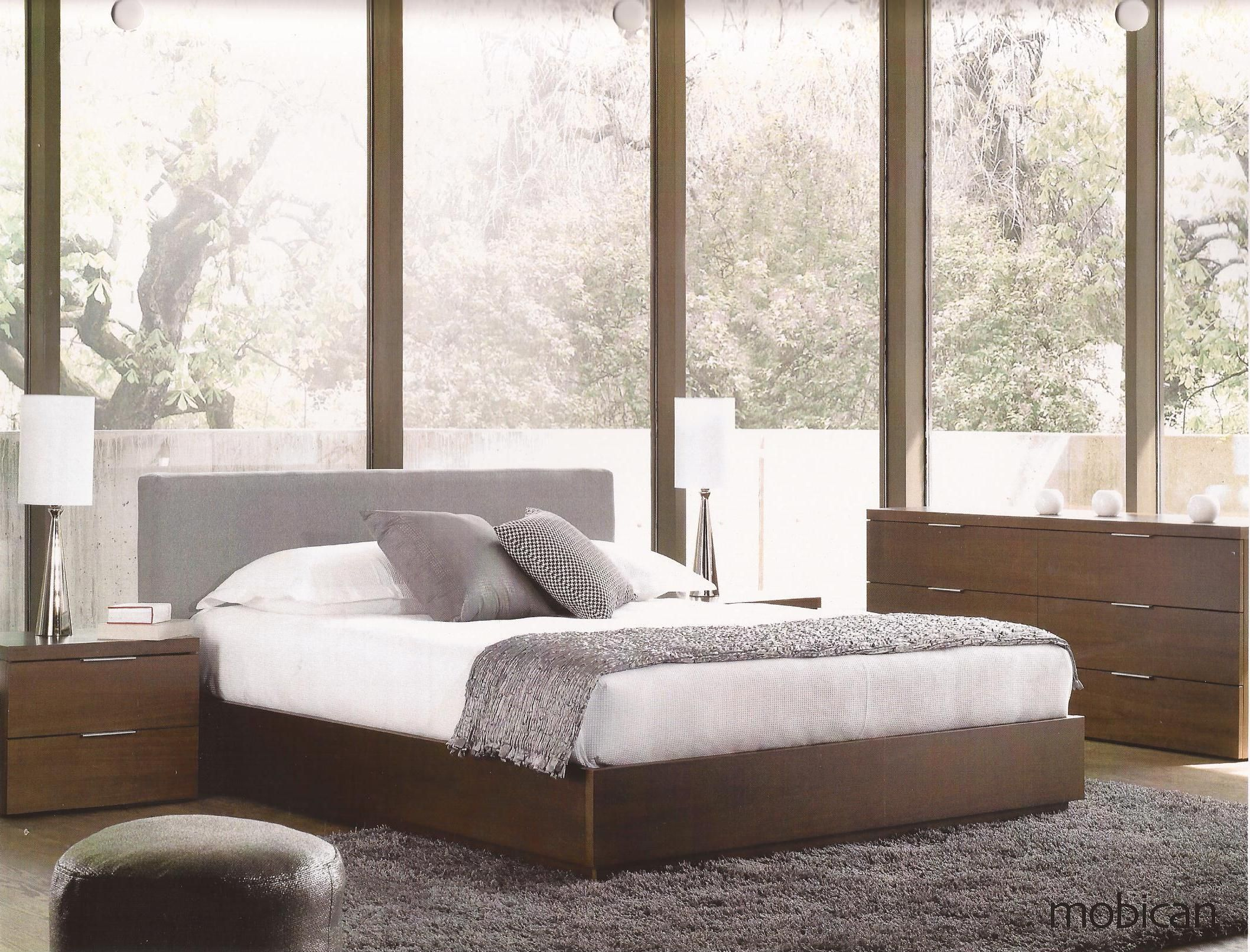 Bedroom. Plain Rectangle Upholstered Headboard Combined With Platform Bed Fur Rug And Bay Window
