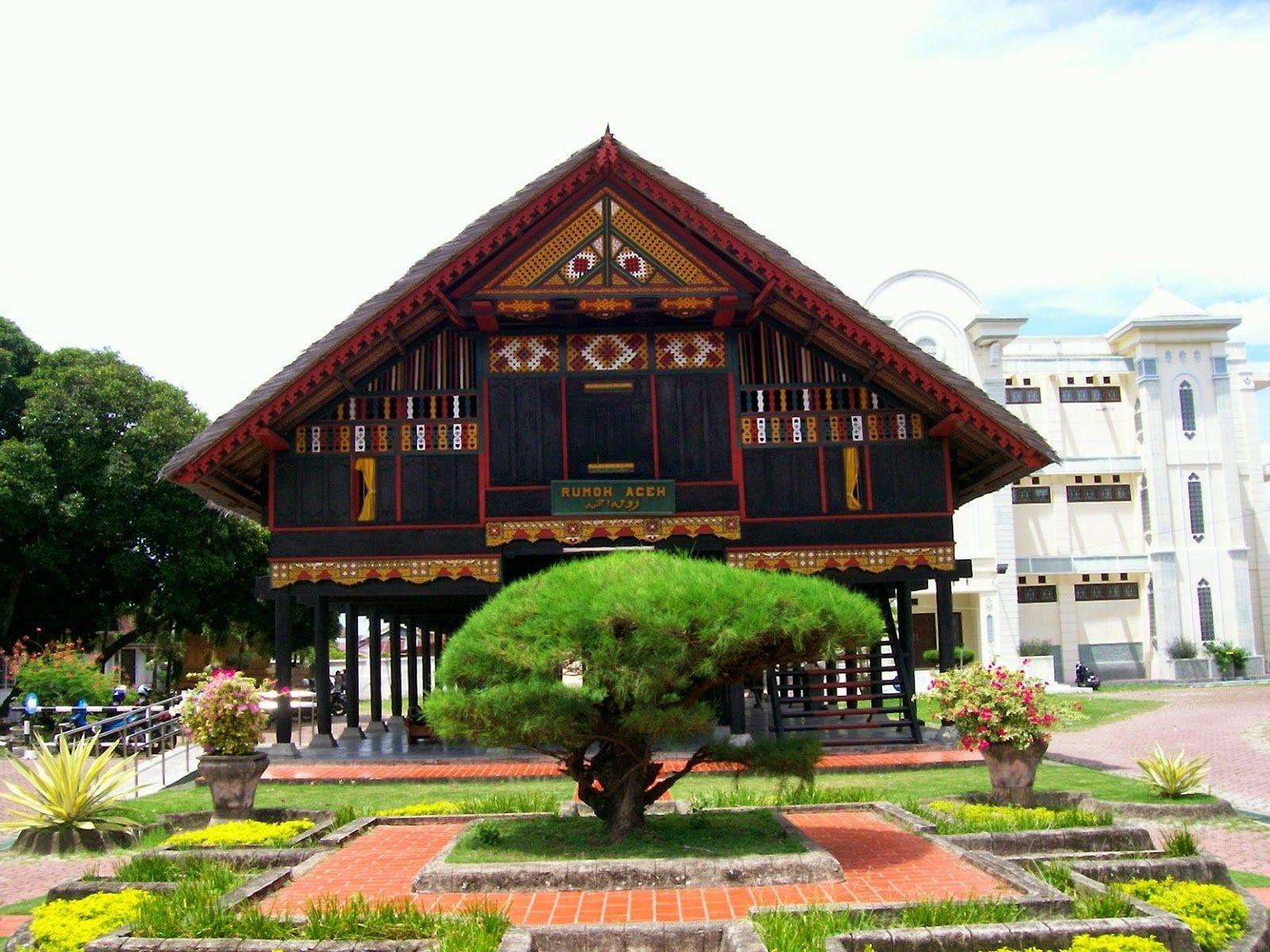 Rumah Adat Provinsi Bali
