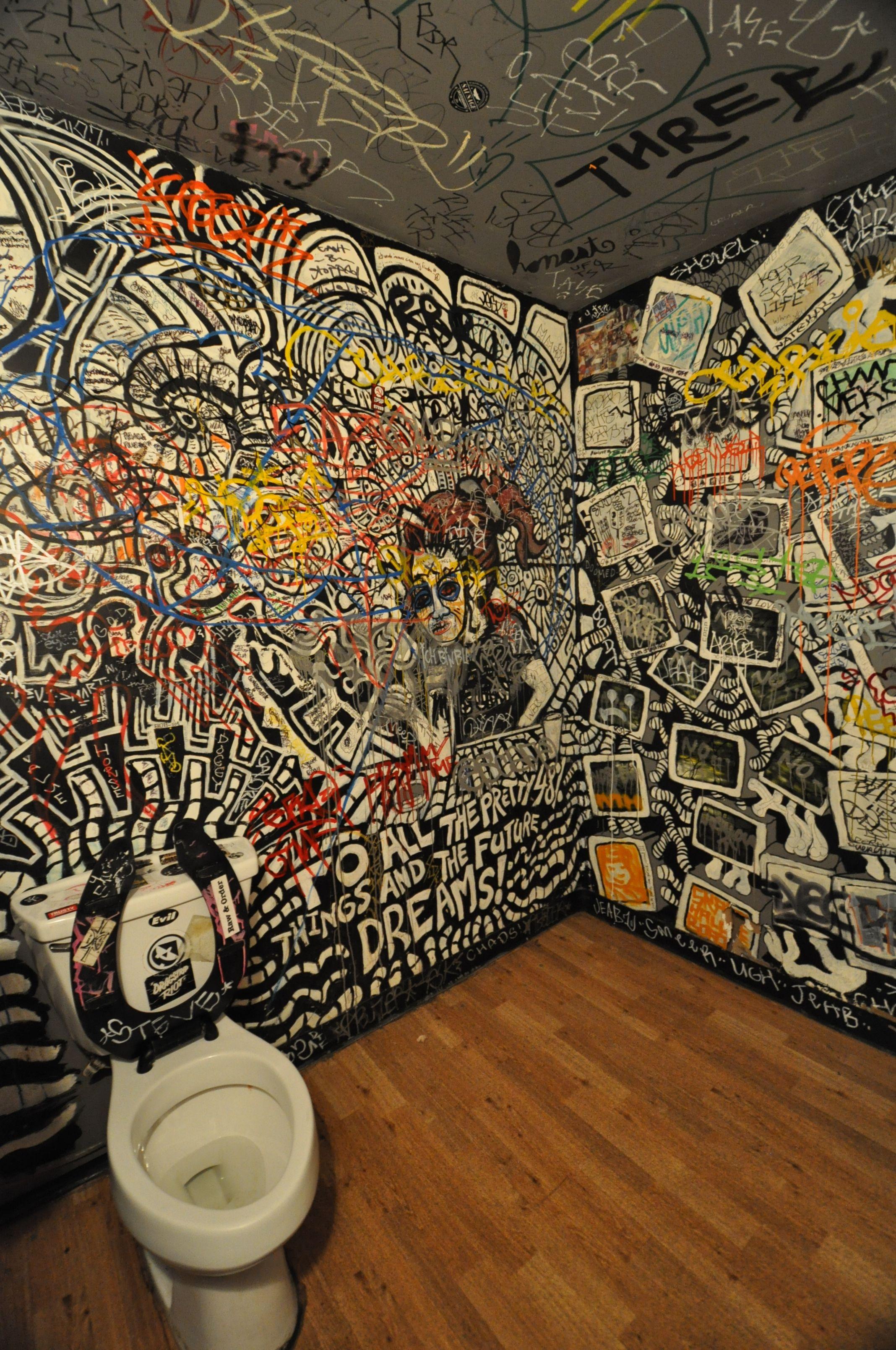 b side on E. Burnside Portland's Funk & Fabulous Places to ...