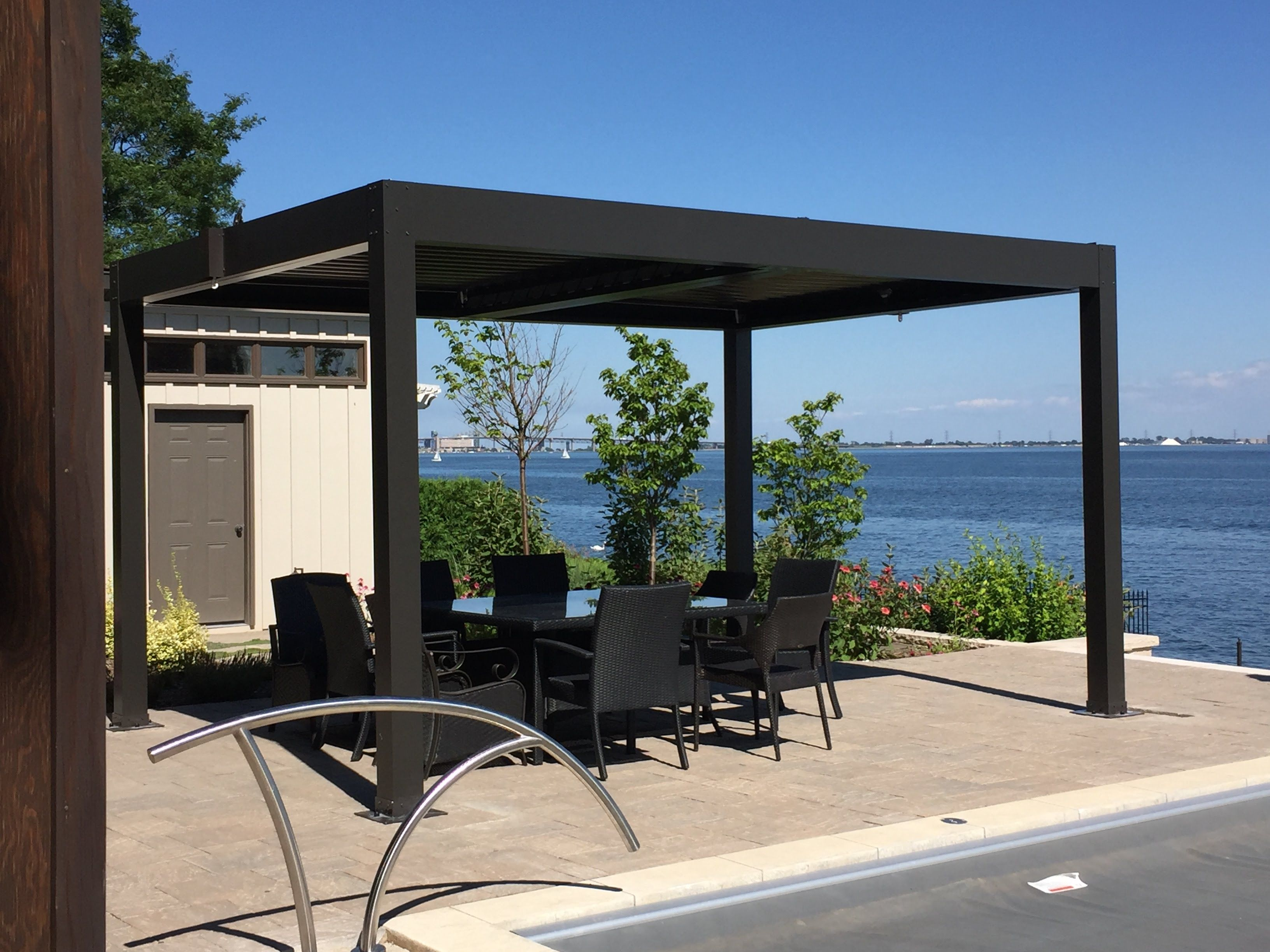Enjoy your outdoor space with the aluminum pergola!