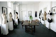 Fashion Showroom Ideas Google Search Estudios De Diseno De