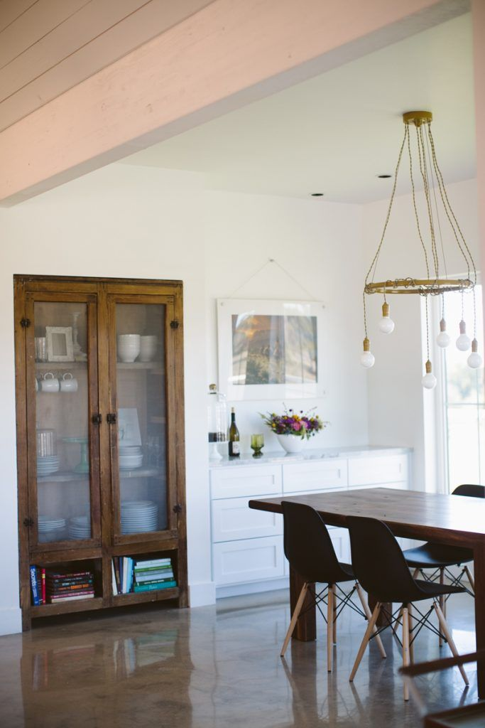 Designer Brandi Hines Modern Farmhouse In Comfort Texas