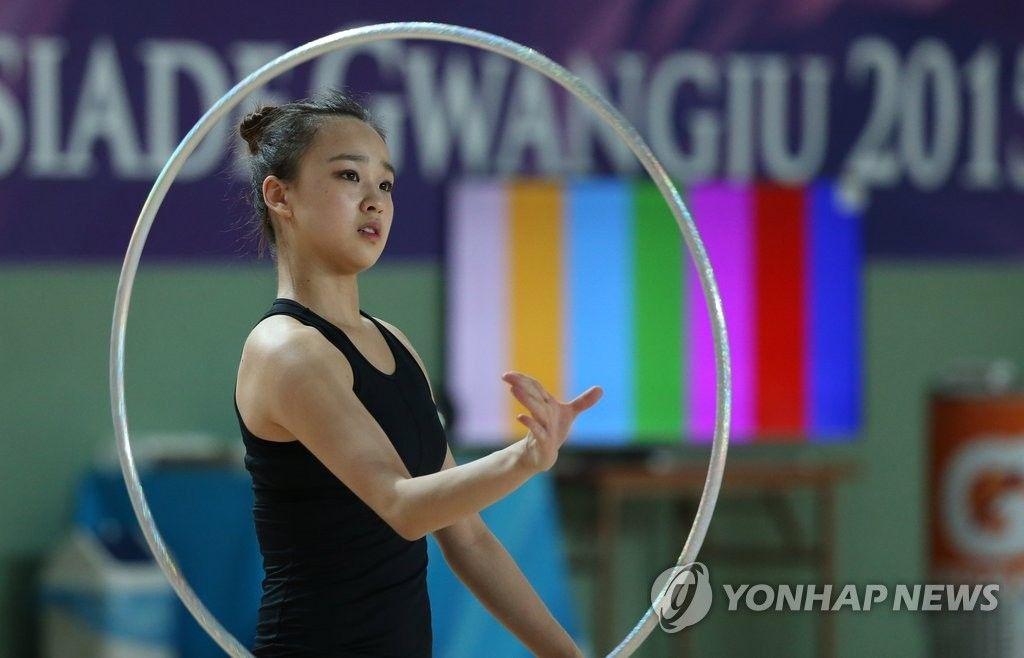 <U대회> 리듬체조 요정 손연재 '금빛 연기' 훈련