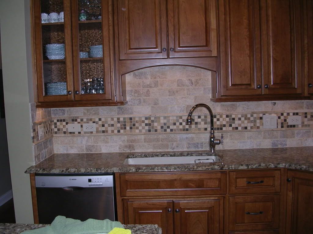 Travertine tile backsplash heres mine its tumbled travertine 3x6 and honed limestone mosaics - Backsplash designs travertine ...