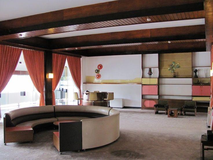 Awesome #60s #lounge #decor #home #sofa